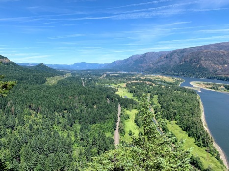 Columbia River Gorge from the top of Beacon Rock